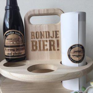 griffel-gifts-houten-tray-rondje-bier-met-bieretiket-peter-vragen-