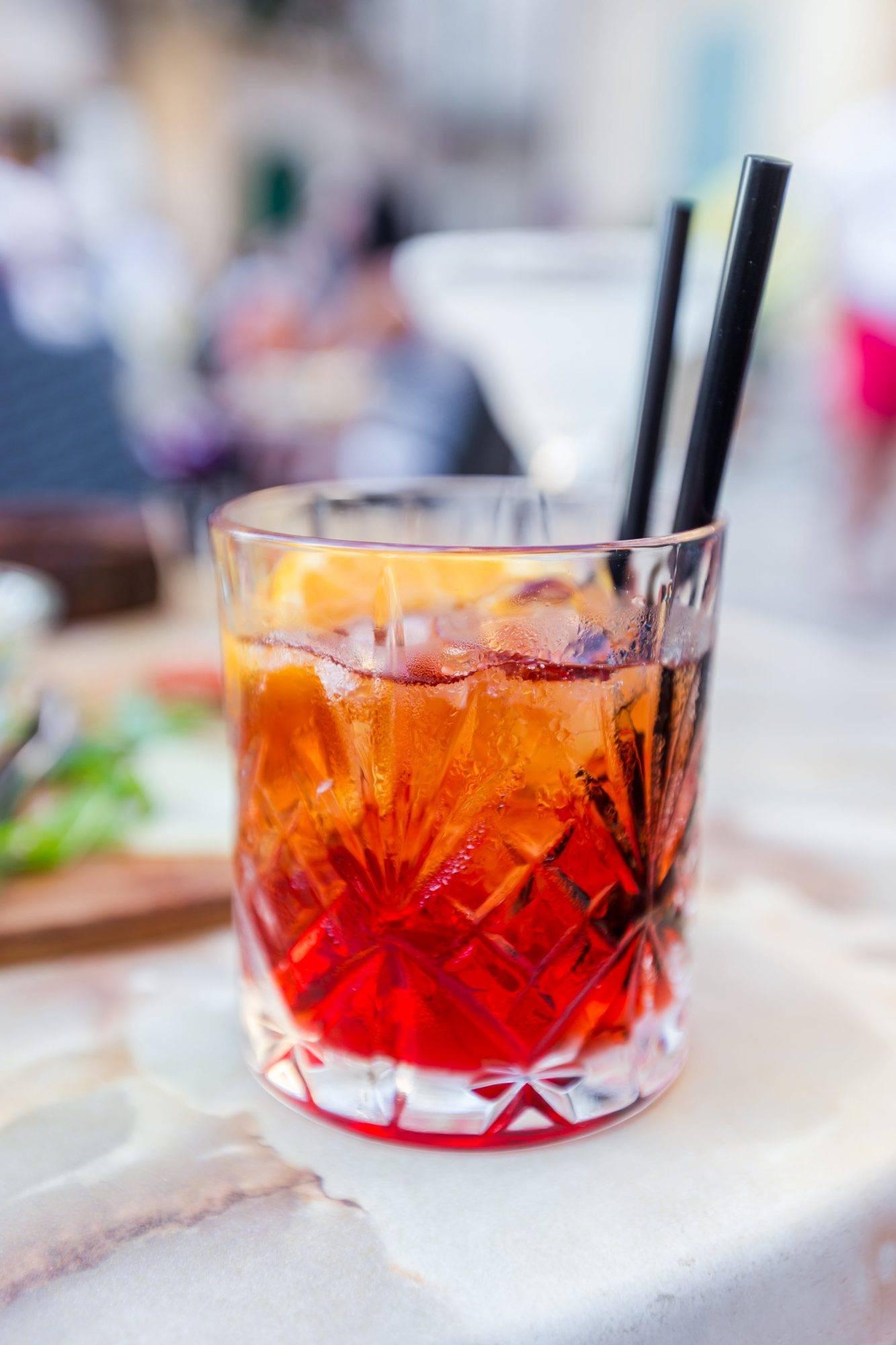 Mezcal-Negroni-Cocktail-Recept